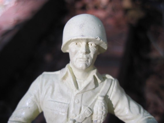 13, 5 inch  toy soldiers  Marx Molds Sale Nearly 1/3 off