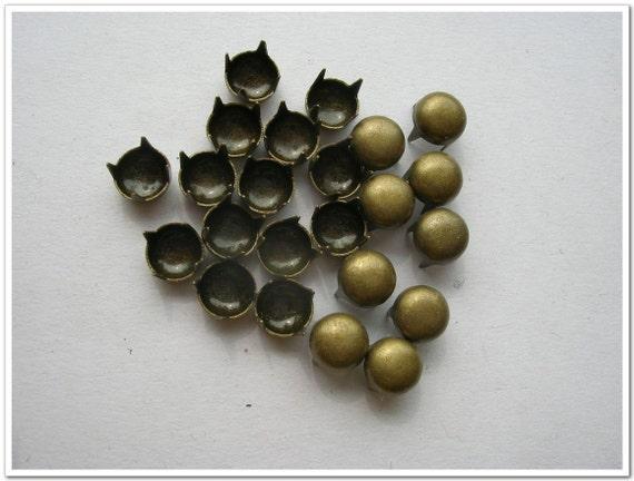 150 pcs antique bronze 5 mm Spots Studs