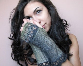 Fingerless Gloves, Arm Warmers, Crochet Gloves, Fingerless Mittens, Womens Green Gloves, Elegant Wrist Warmers, Hand Knit Gloves