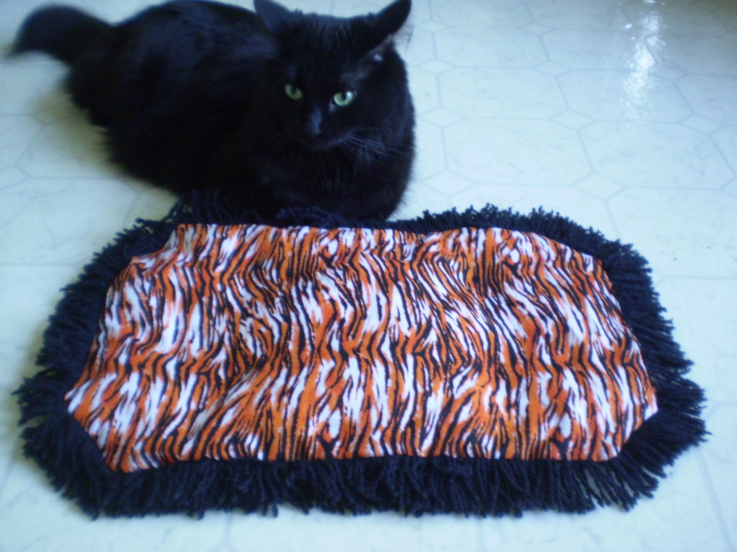 Halloween Catnip Cat Mat Crinkle Exercise Play Toy by  ~ 010317_Halloween Doormat With Sound