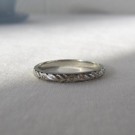 Wedding Band. Floral Etched. Art Deco, Circa 1920s to 1930s. 18 Karat White Gold. Addy on Etsy.