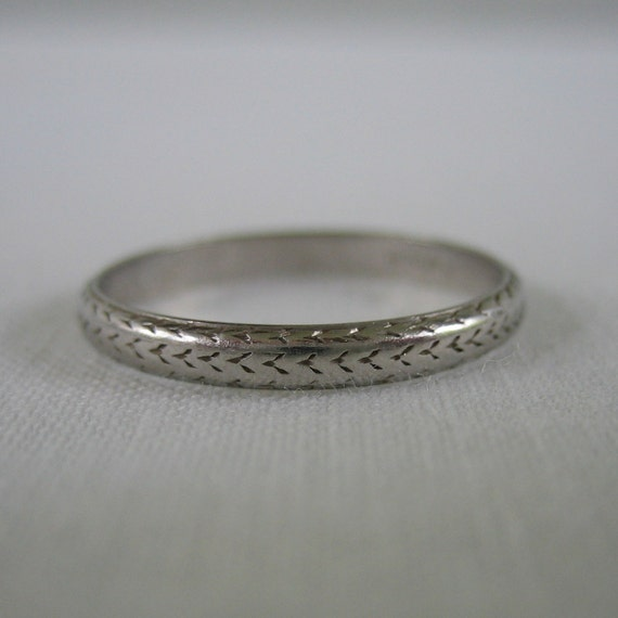 RESERVED. Engraved Platinum Wedding Band. Art Deco. Size 6.25. Addy on Etsy.