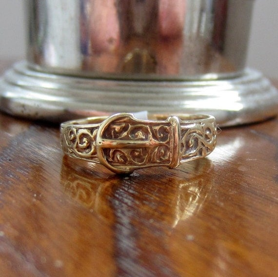 RESERVED. Antique Victorian Buckle Ring. Yellow Gold. 1800s.