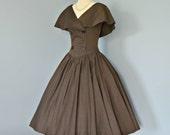 Vintage 1950's Dress...Fabulous Pat Hartly Original chocolate brown full skirt pin up dress