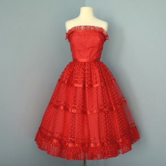 Vintage Red Tulle Prom Dress Beautiful 1960 S Strapless