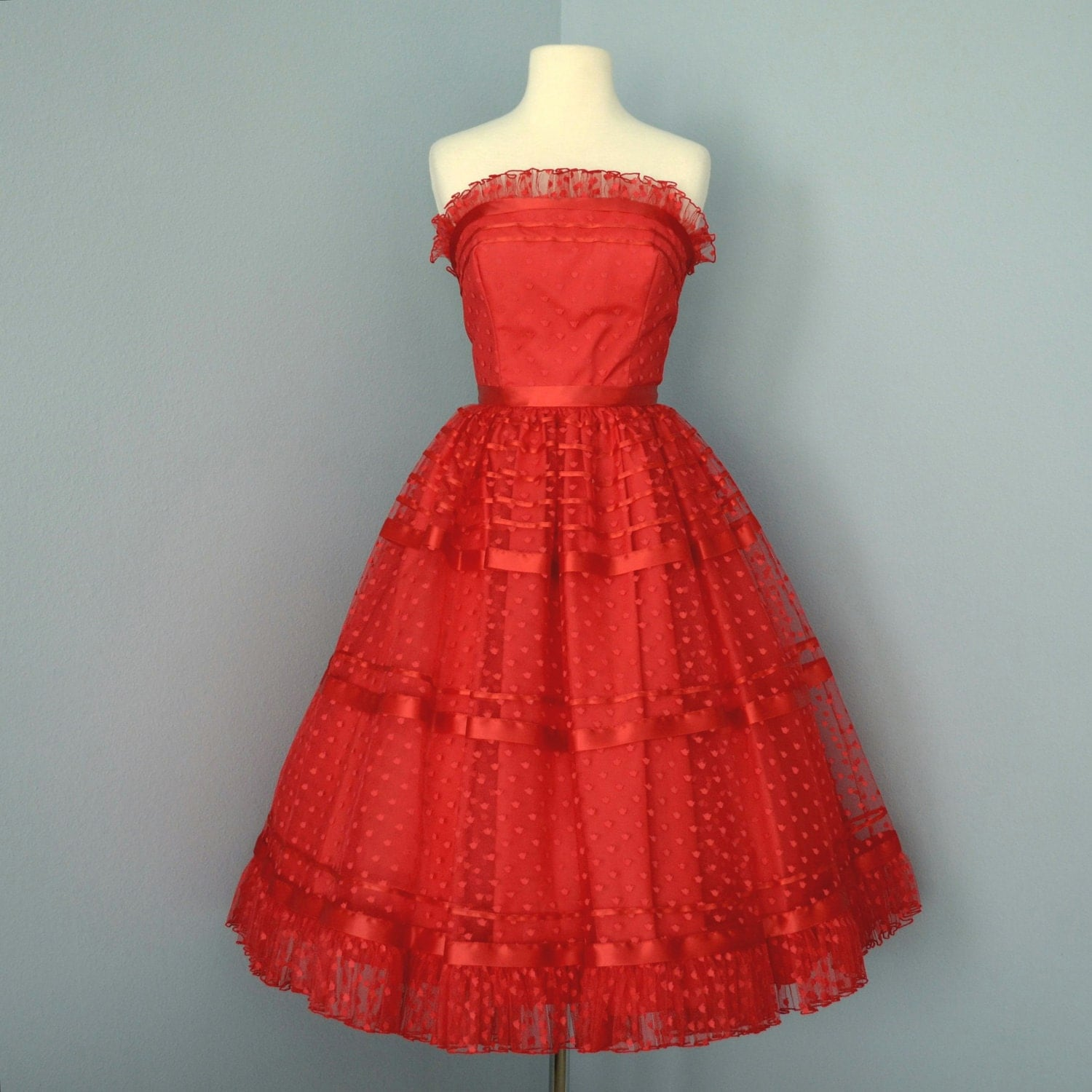 Vintage 1960s Wedding Dresses: Vintage Red Tulle Prom Dress...Beautiful 1960's Strapless