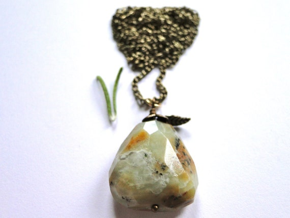 Pendant Gemstone Necklace, Rustic Agate Gemstone Necklace, Natural Stone, Vintage Brass Chain