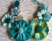 TEAL POSEY AND VINTAGE BUTTON NECKLACE