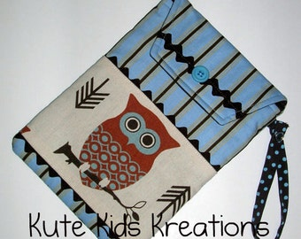CLEARANCE SALE, Hootie Owl Diaper and Wipes Case w/Pocket and Wristlet Carrying Strap, Ready to Ship