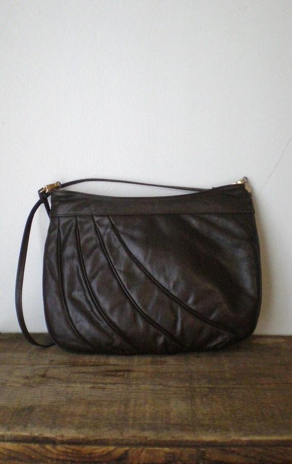vintage cross body bag II vintage 1970s chocolate brown leather cross body bag
