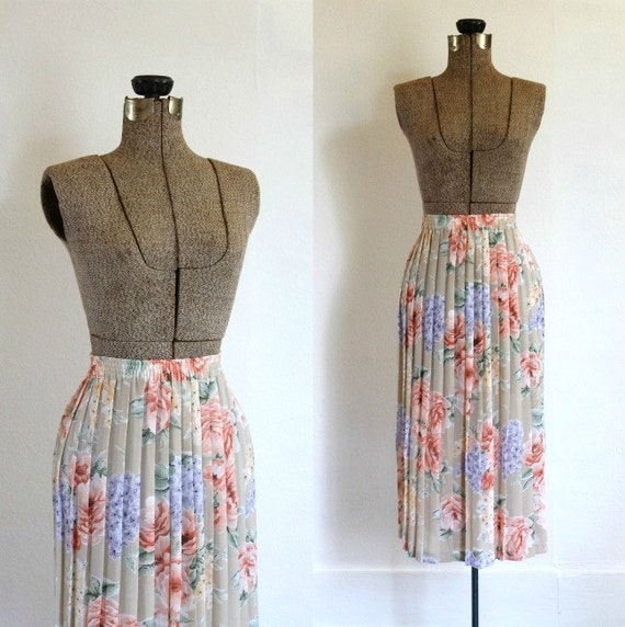 floral vintage skirt 1970s taupe floral pleated boho pink purple flower accordion midi skirt / soft meadow