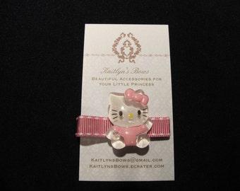 Cute pink Hello Kitty hair clip