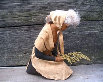 Primitive Decor, Thanksgiving Pilgrim, Pilgrim Lady, Praying Pilgrim, Primitive Doll, Giving Thanks, Holiday Decor, Rustic Decor