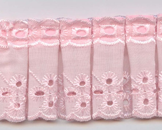 Eyelet Fabric Sewing Trim In Pink Box Pleated For Baby