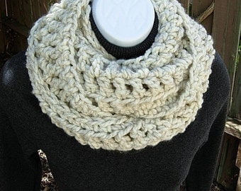 INFINITY COWL SCARF Off White w/ Black, Color Options, Bulky Soft Thick Wool Blend Crochet Knit Winter Circle Loop..Ready to Ship in 2 Days