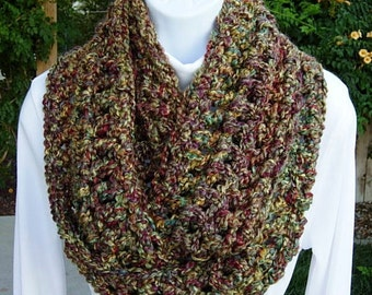 CROCHET INFINITY SCARF Loop Cowl, Colorful Gold Green Red Purple, Thick Extra Soft Winter Circle Endless Knit Wrap..Ready to Ship in 2 Days