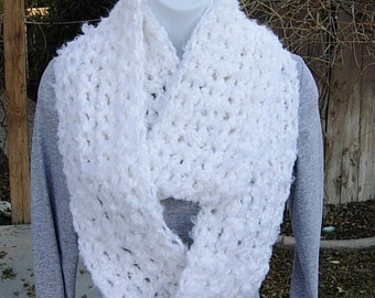 INFINITY SCARF Loop Cowl, Pure Solid White, Fuzzy, Fluffy, Extra Soft, Warm Bulky Thick Crochet Knit Winter Circle..Ready to Ship in 3 Days
