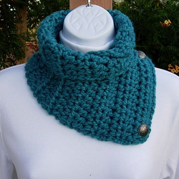 NECK WARMER SCARF..Solid Turquoise Teal Blue..Super-Soft..Crochet Buttoned Winter Cowl Lightweight Scarflette..Ready to Ship in 2 Days