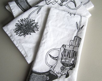 Screen Printed Organic Cotton Revolver and Daisy Cloth Napkins - Unique Dinner Napkins - Eco Friendly and Reusable