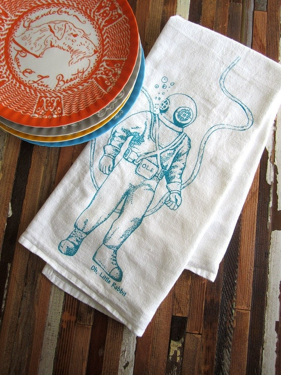 Screen Printed Organic Cotton Deep Sea Diver Flour Sack Tea Towel - Soft and Absorbent Kitchen Towel - Eco Friendly and Awesome - Nautical