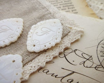 4 Pcs Unique Initial White Lace Shell Pendants-F