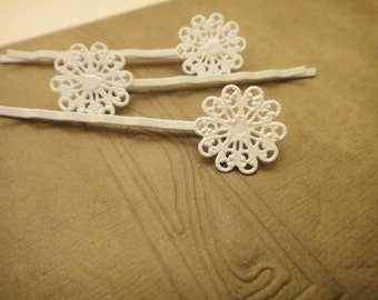 100Pcs White Plated Lace Flower Bobby Pins F