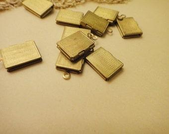 10Pcs Raw Brass Stripe Book Lockets
