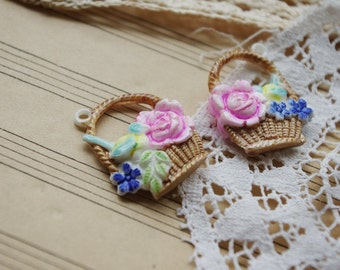 4 pcs 3D little hand painted basket resin charms/2 colors to choose