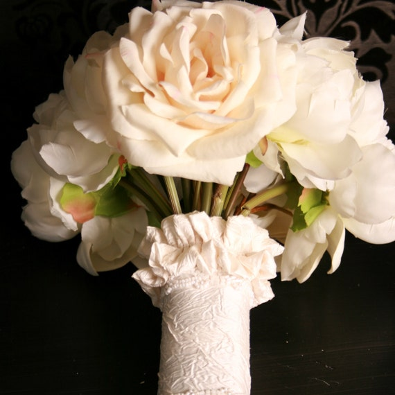FLOUNCE Cream Crushed Silk and Beaded Bouquet Wrap SALE