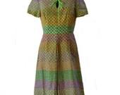 60s Mod Dress - Patterned Dress, Keyhole Neck