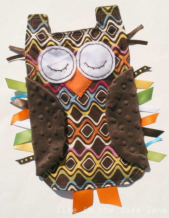 Cuddly Woodland OWL in Retro Inspired Rainbow Waves Print with Chocolate Brown Minky Fabric Ribbon Tag Blankie Blanket Lovey Lovie Baby Gift