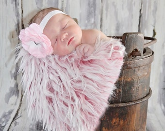 Frosted Hot Pink Mongolian Faux Fur Nest Photography Prop Rug Newborn Baby Toddler 27x20