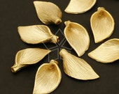 AC-218-MG / 4 Pcs - New High Quality Lily Bead Cap (Small-Size), Matte Gold Plated over Brass / 8mm x 16mm