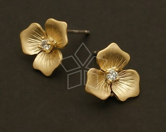 SI-281-MG / 4 Pcs - Trifoliolate Flower Earring Findings, Matte Gold Plated over Brass Body with .925 Sterling Silver Post / 11mm