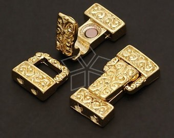 CS-005-GD / 2 Pcs - Magnetic Clasp Fold over Buckle (2 Holes), 16K Gold Plated over Brass / 20mm x 11mm