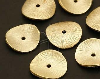 AC-280-MG / 4 Pcs - Sand Textured Coin Spacer, Matte Gold Plated Pewter / 15mm