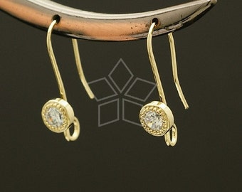 EA-032-GD / 2 Pcs - Stone Point Hook Ear Wires, 16K Gold Plated over Brass / 22mm