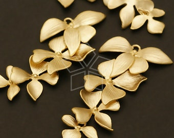 AC-401-MG / 2 Pcs - Fourfold Wild Orchid Pendant, Matte Gold Plated over Brass / 21mm x 41mm