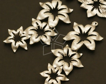 AC-416-MS / 2 Pcs - Triple Star Flower Connector, Matte Silver Plated over Brass / 14mm x 38mm