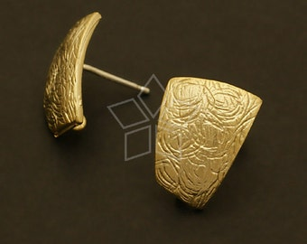 SI-095-MG / 2 Pcs - Shield Earring Findings, Matte Gold Plated over Brass, with .925 Sterling Silver Post / 11mm x 15mm