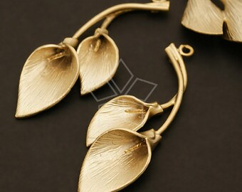 PD-346-MG / 2 Pcs - Lily Sprigs Pendant, Matte Gold Plated over Brass / 16mm x 42mm