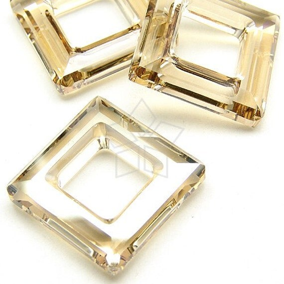 SW-4439-GS / 2 Pcs - Swarovski 4439 Square Ring, Crystal Golden Shadow / 20mm x 20mm