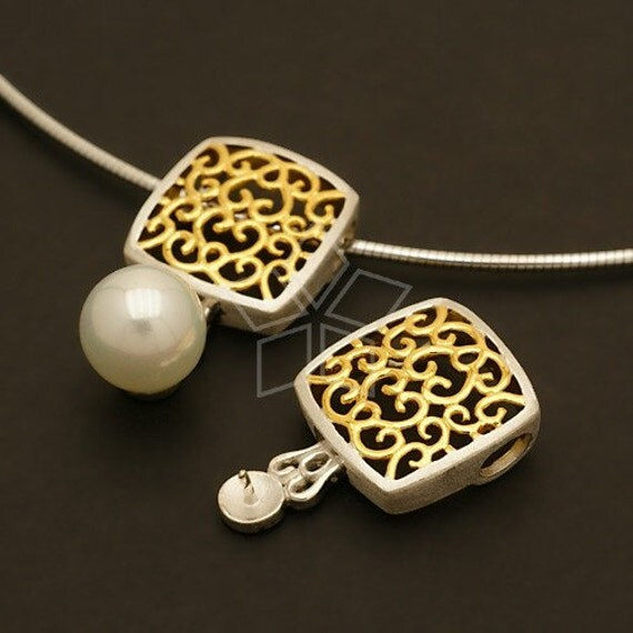SI-443-CB / 1 Pcs - Classical Pendant, Gold and Silver Plated over Sterling Silver / 16mm x 26mm