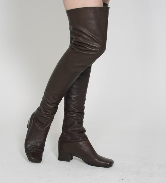 1960s vintage beautiful leather mod thigh by