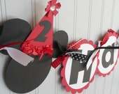 Minnie Mouse Birthday Banner - customized with childs age Red/Black