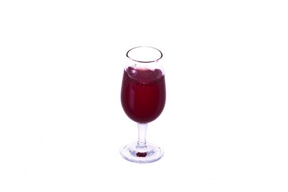 glass of red wine for one miniature food
