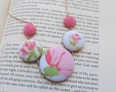 vintage fabric covered button and flower necklace