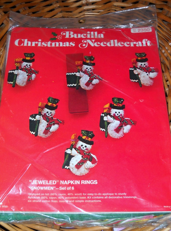 Vintage Bucilla Christmas Needlecraft Felt Kit Jeweled Stitchery Snowman Napkin Rings Makes 6