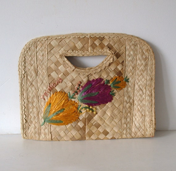 Vintage 1960s lattice weave tropical straw clutch bag from Trinidad with colourful woven raffia flowers