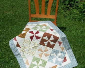 Pinwheel Wall Hanging or Table Topper
